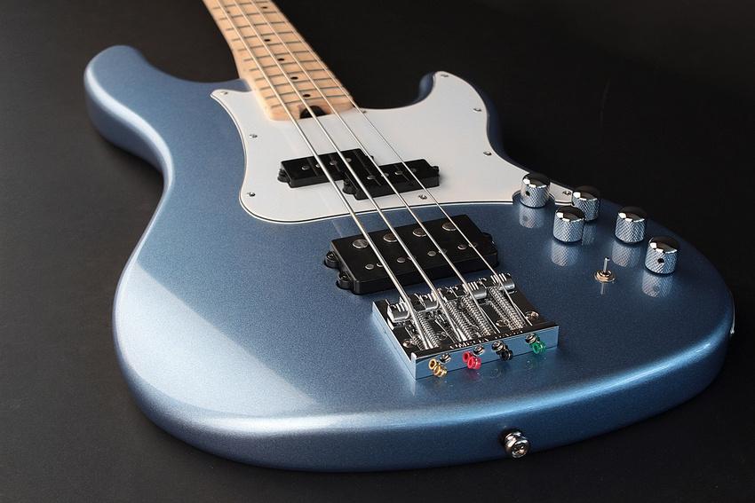Cort bringt vielseitigen Bass GB74-GIG auf den Markt