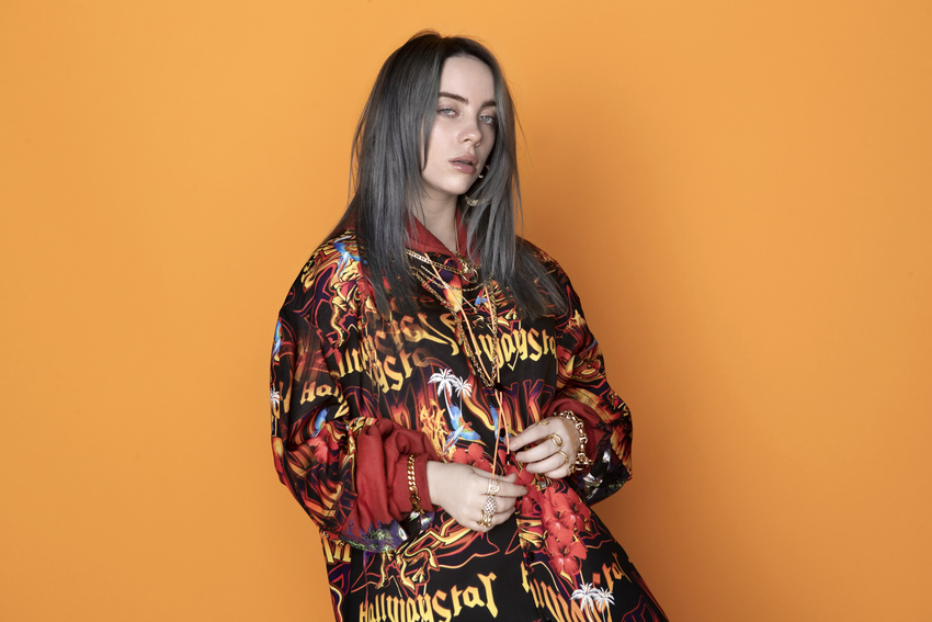 No Time To Die - Billie Eilish singt den neuen Titelsong für James Bond