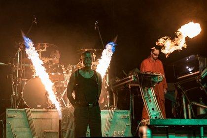 Feurig - Stahlzeit: Bilder der Rammstein-Coverband live beim Black Castle Festival 2019