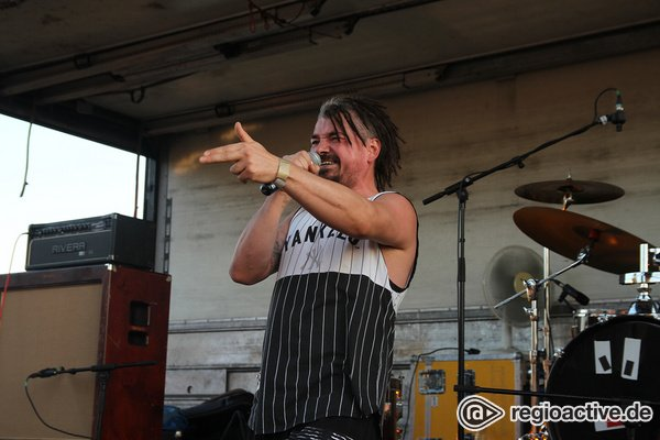 Rebellisch - Throwback: Bilder von GL!TCH live beim Mannheimer Brückenaward 2019