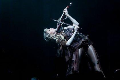 Violinistin in Action - Spektakulär: Bilder von Lindsey Stirling live in der Jahrhunderthalle Frankfurt