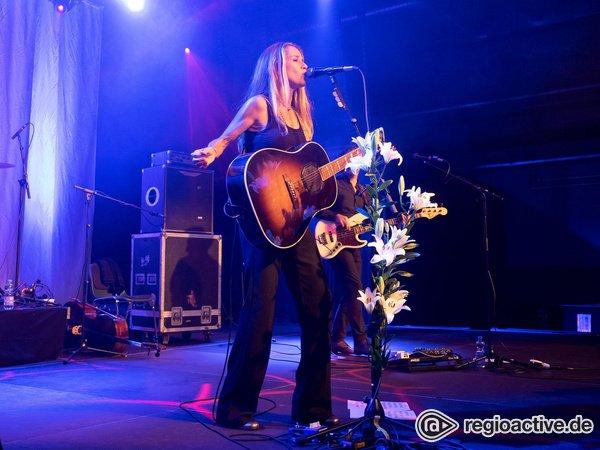 Rock in allen Facetten - Heather Nova entfacht in Stuttgart ein stimmliches Feuerwerk