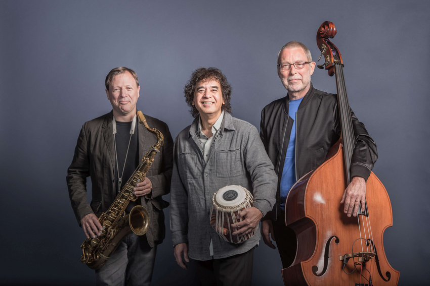 Cross Currents von links nach rechts: Chris Potter, Zakir Hussain und Dave Holland