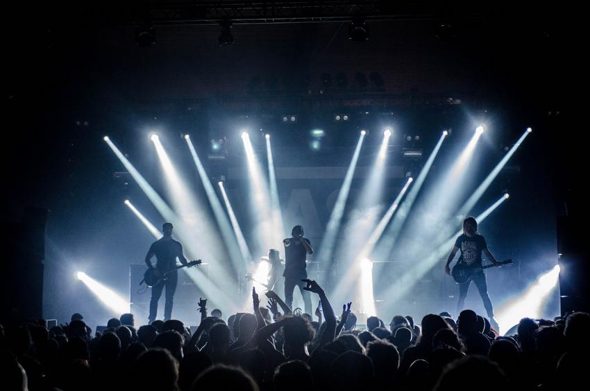 Umsatzsteuer bei Konzerten: Das müssen Veranstalter, Musiker, Bands und DJs wissen