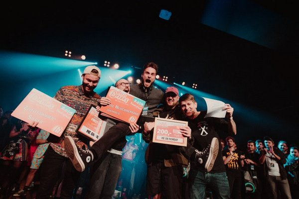 Frischer Wind - Local Heroes: Pop-Punk Band Me On Monday sind Beste Newcomerband