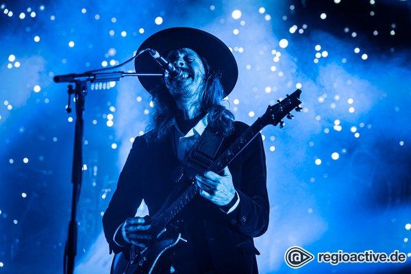 Zwischen Metal und Prog - Düster: Bilder von Opeth live im Schlachthof Wiesbaden