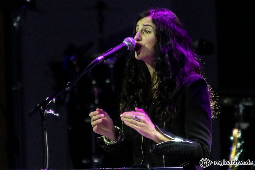 Ann Vriend (live in Ludwigshafen 2019)