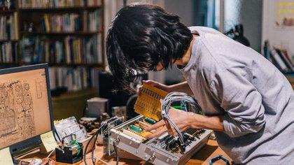 Elektronische Musikinstrumente aus Japan - KORG eröffnet Entwicklungsbüro in Deutschland