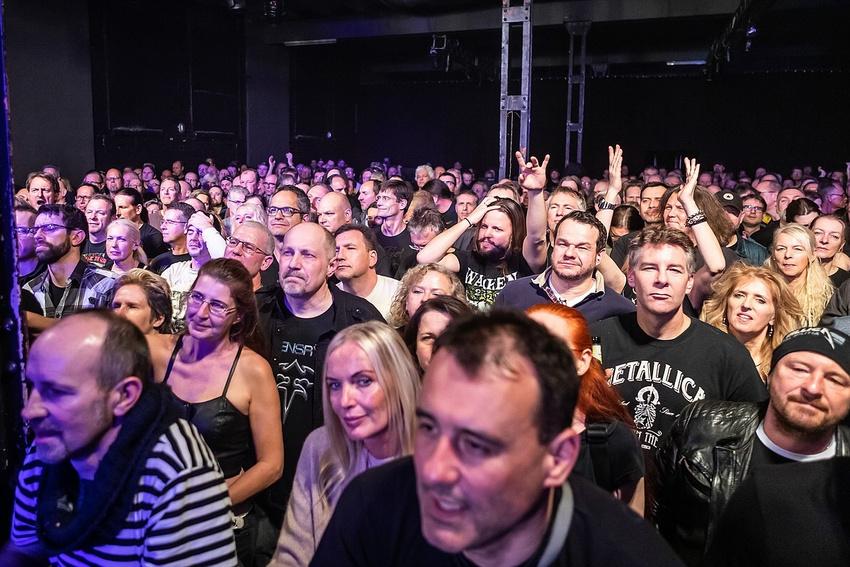 Das MS Connexion ist auch ein wichtiger Veranstaltungsort für Metal-Konzerte.