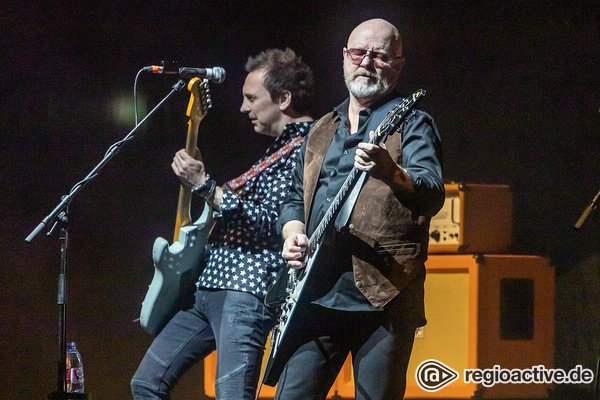Redselig - Music & Stories Tour 2020: Fotos von Wishbone Ash live in Frankfurt