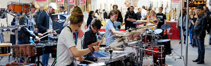 Umfrage zu Messen für Instrumente und Equipment: Jetzt teilnehmen und 100€-Gutschein gewinnen!