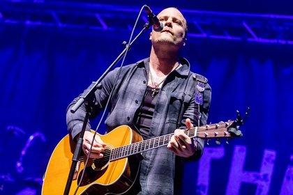 Der Junge mit der Gitarre - Solo: Live-Fotos von Jesse Ahern in der Maimarkthalle Mannheim