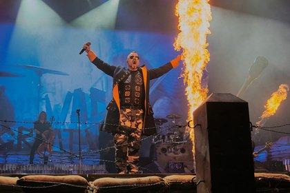 Feurige Angelegenheit - Martialisch: Fotos von Sabaton live in der Festhalle Frankfurt