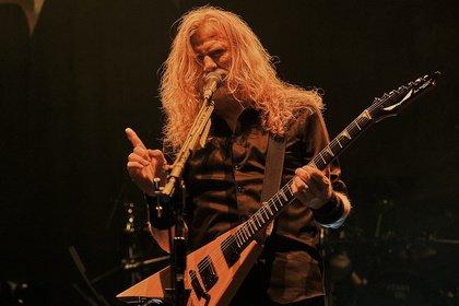 Frontmann Dave Mustaine wieder gesund - Live-Bilder von Megadeth als Special Guest von Five Finger Death Punch in Frankfurt