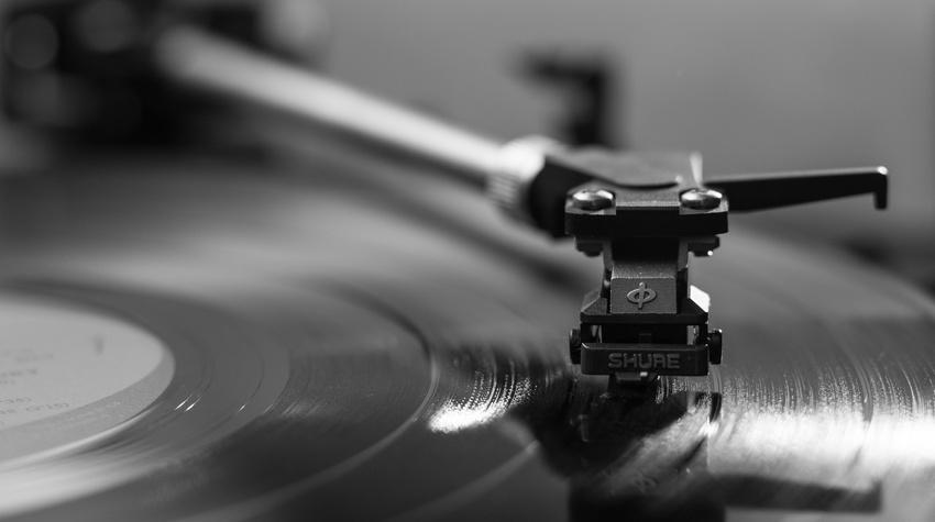 Halbjahresbilanz: Audiostreaming wächst kontinuierlich, Vinyl immer populärer