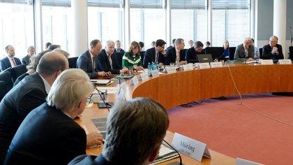 Mehr Schutz für Livemusik-Clubs - Bundestag diskutiert Maßnahmen gegen Clubsterben