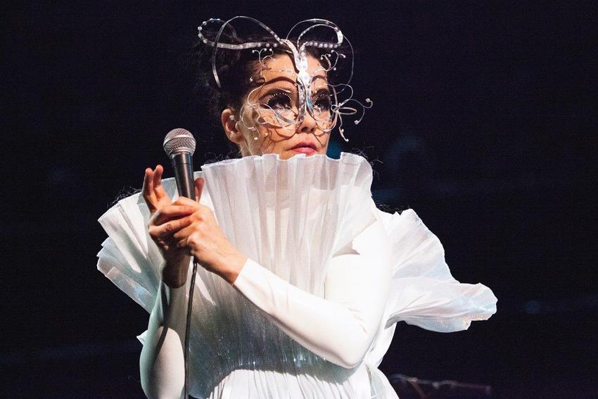 Björk (2020)