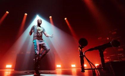 Wie ein Sturm - Im Flow: Bilder von Stormzy live in der Halle 45 in Mainz