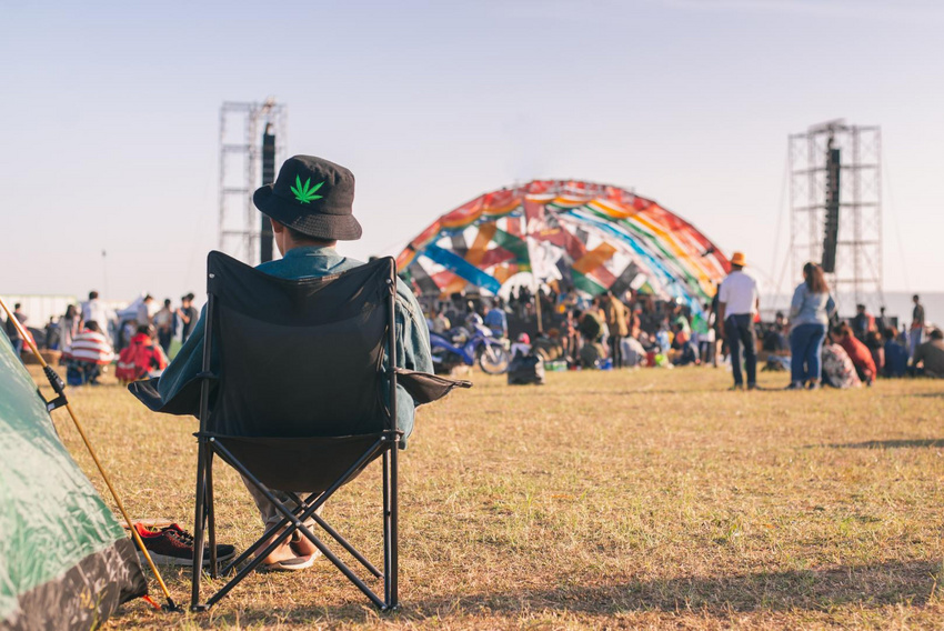 Wer häufig zu Festivals fährt, sollte nicht nur improvisiertes und billiges Equipment nutzen.