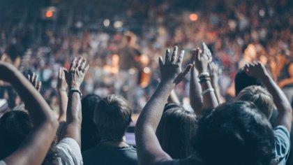 Mehr Luft zum Atmen - Mehr Zuschauer erlaubt: Viele Bundesländer lockern Veranstaltungsregeln