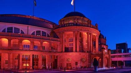 """Ein Stimmungsbild im Netz - Ein flammender Appell: Die deutsche Veranstaltungsbranche färbt das Land in der """"Night of Light"""" rot"""