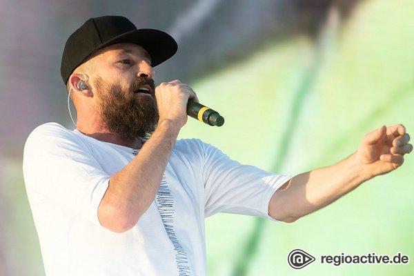 Der andere Sommer - Gentleman: Bilder des Reggae-Stars live beim CARStival in Mannheim