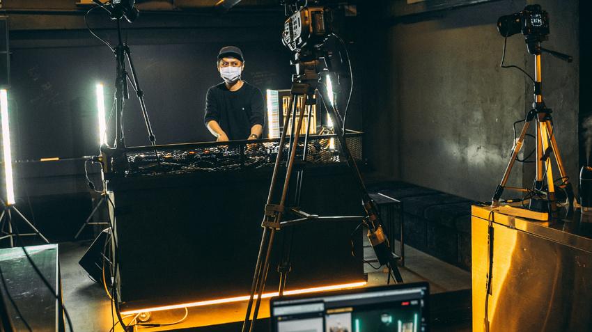 Der rechtliche Rahmen bei Livestreams von Konzerten und DJ-Sets: Rundfunklizenz, GEMA und mehr