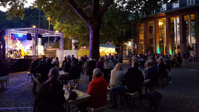 Eröffnung der Sommerbühne des Karlstorbahnhofes in Heidelberg