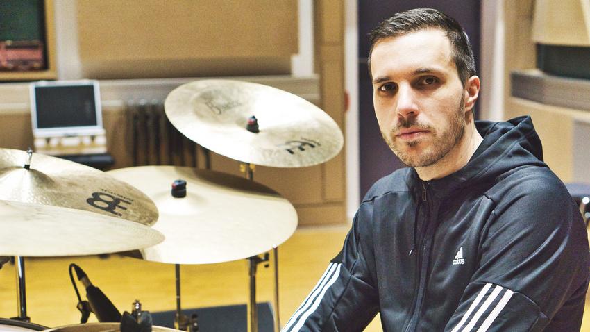 Schlagzeuger Janosch Rathmer von Long Distance Calling über Strategien in der Coronakrise