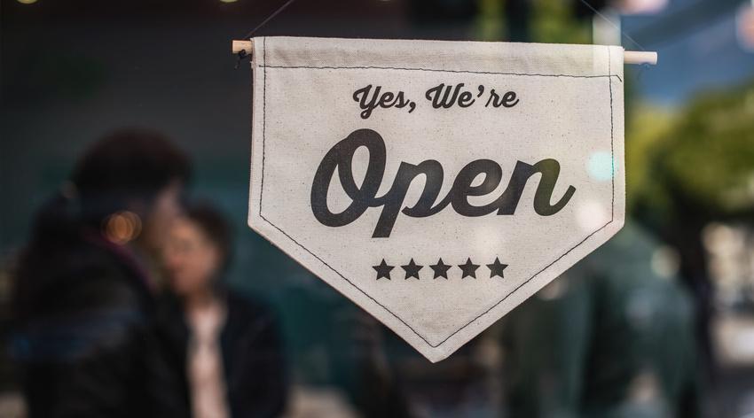 Mit Abstandsregelungen: Englische Spielstätten dürfen wieder öffnen
