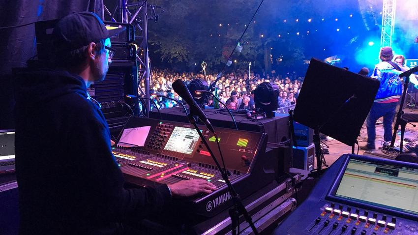 Aussitzen oder aufgeben? Zwei Live-Tontechniker in der Corona-Pandemie
