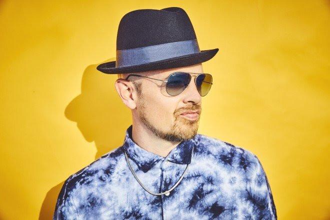 Jan Delay ist sowohl in der Gruppe Beginner als auch als Solokünstler aktiv.