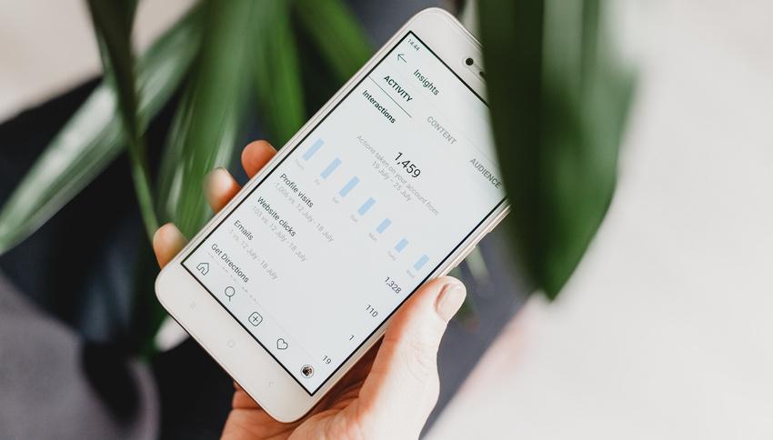 TikTok vs. Instagram: So unterscheiden sich Engagement und Reichweite der Plattformen