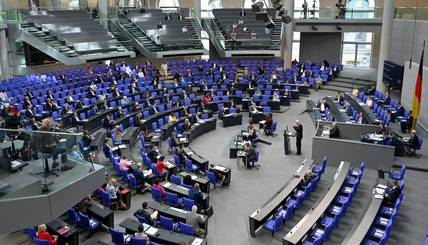 Bundestag beschließt Urheberrechtsreform – deutsche Kreative fühlen sich im Stich gelassen