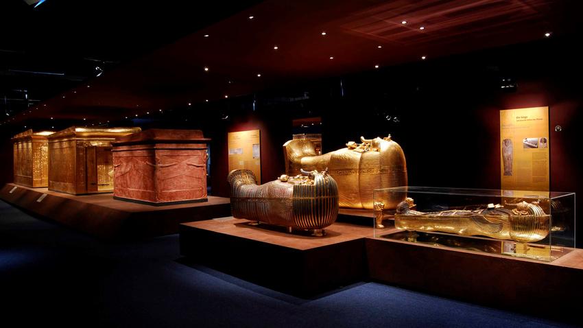 Die Ausstellung Tutanchamun – Sein Grab und die Schätze.