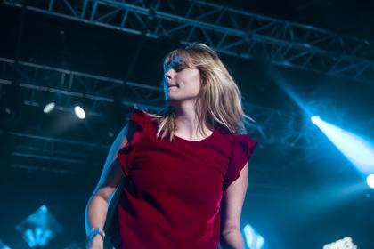 One Hit Wonder? - Dynamisch: Bilder von Louane live beim SWR3 New Pop Festival 2016