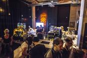 Entspannte Fotos von Jon Kenzie live beim Reeperbahn Festival 2016 in Hamburg