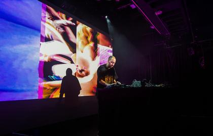 Ein Abend des polnischen Abgangs - Gold Panda drückt bei Enjoy Jazz 2016 in Heidelberg die richtigen Tasten