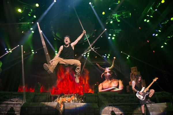 Rostlose Jungfrauen - Iron Maiden verpassen der Festhalle Frankfurt ein episches Stahlgewitter