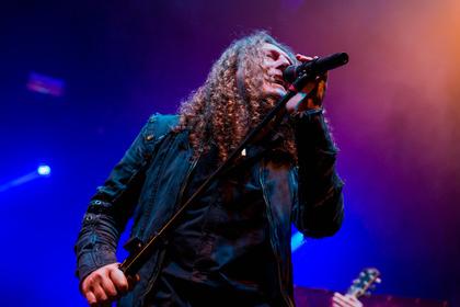 Metal aus Brasilien - Exotisch: Fotos von Angra als Opener von Tarja live in Frankfurt