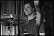 Schlagzeuger sucht Band oder Mitmusiker