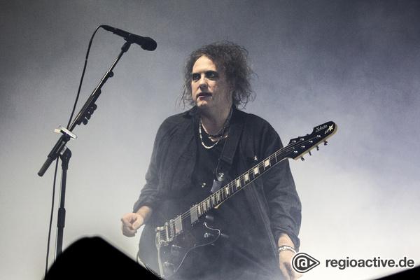 Intensiv, vielseitig, ergreifend - The Cure geben in der Barclaycard Arena in Hamburg einen Auftakt nach Maß