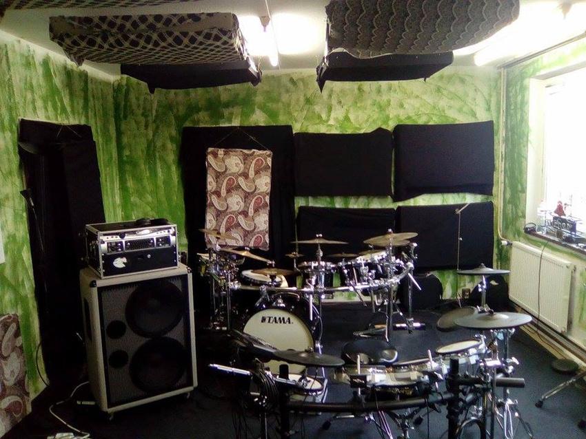nachmieter gesucht proberaum in berlin berlin backstage pro. Black Bedroom Furniture Sets. Home Design Ideas