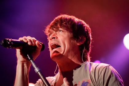 Grund zum Feiern - 3 Doors Down kommen 2020 für drei Jubiläums-Konzerte nach Deutschland