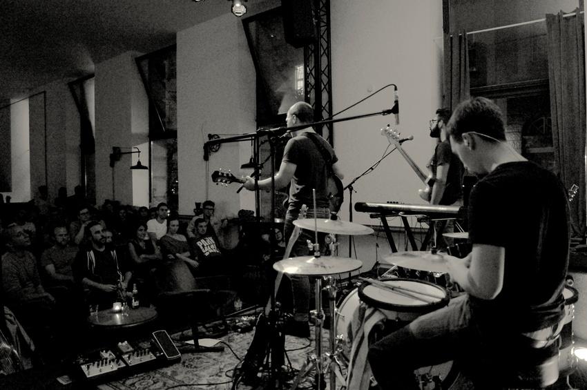 Fibel im Prachtwerk Berlin