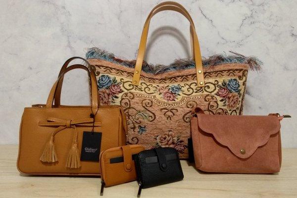 Nieuwe collectie handtassen en portefeuilles site.jpg