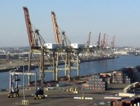 Port of Long Beach Berths S102-S110 North and South Intermodal Rail Yards, Pier S