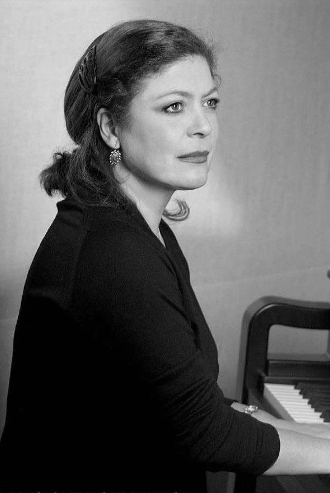 † Brigitte Engerer