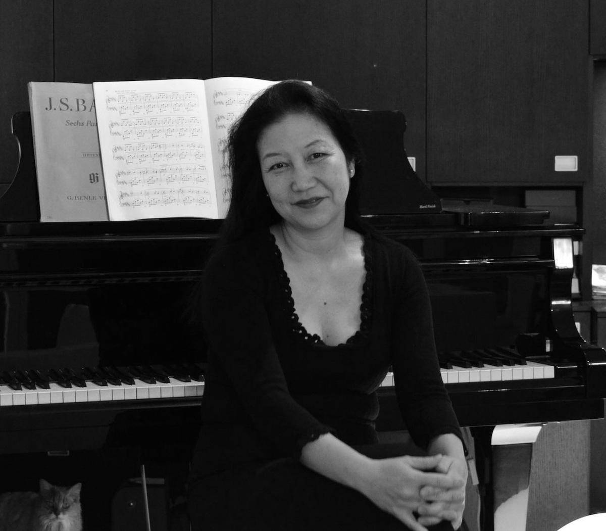 Julie Saito