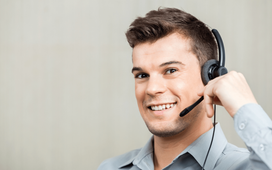 Male virtual receptionist providing an answering service